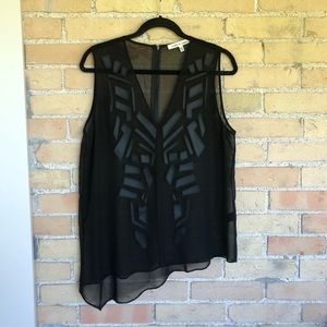 Robbi & Nikki Black Sleeveless Blouse